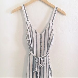 American Eagle Blk/Wht Lined Striped Jumpsuit XS